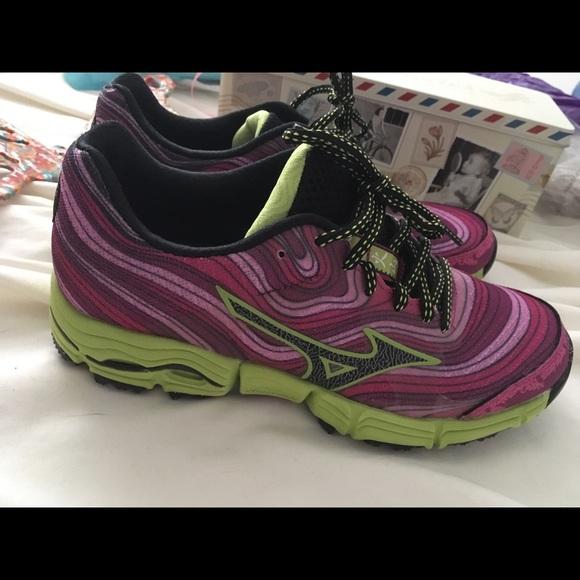 bf128de8558c Mizuno Shoes | Womens Wave Kazan Trail Running Shoe 65m | Poshmark